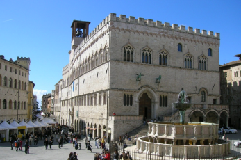 The beautiful city center with the medieval Palazzo del Popolo