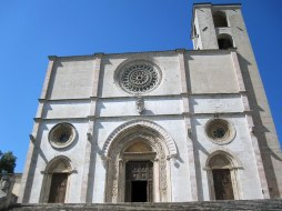 Il duomo - the main church - in Todi